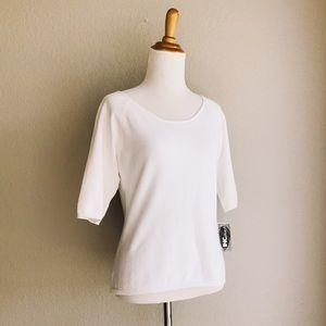 Vintage White Half-Sleeve Minimalist Knit Tee